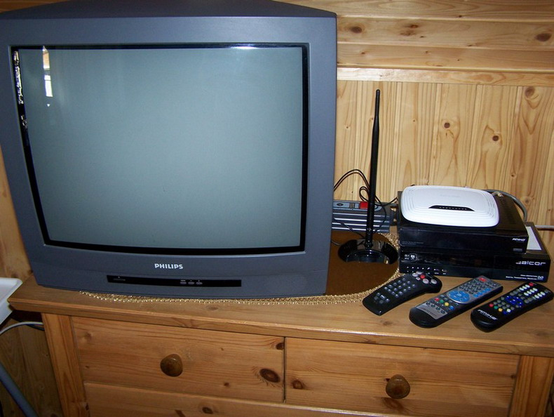 2 TVs • MinDig TV Extra • Satellite Receiver • DVD Player • CD Radio • Wi-Fi Internet